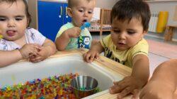 Protegido: Aula de Marisa 12-18 meses: mesa de experimentación